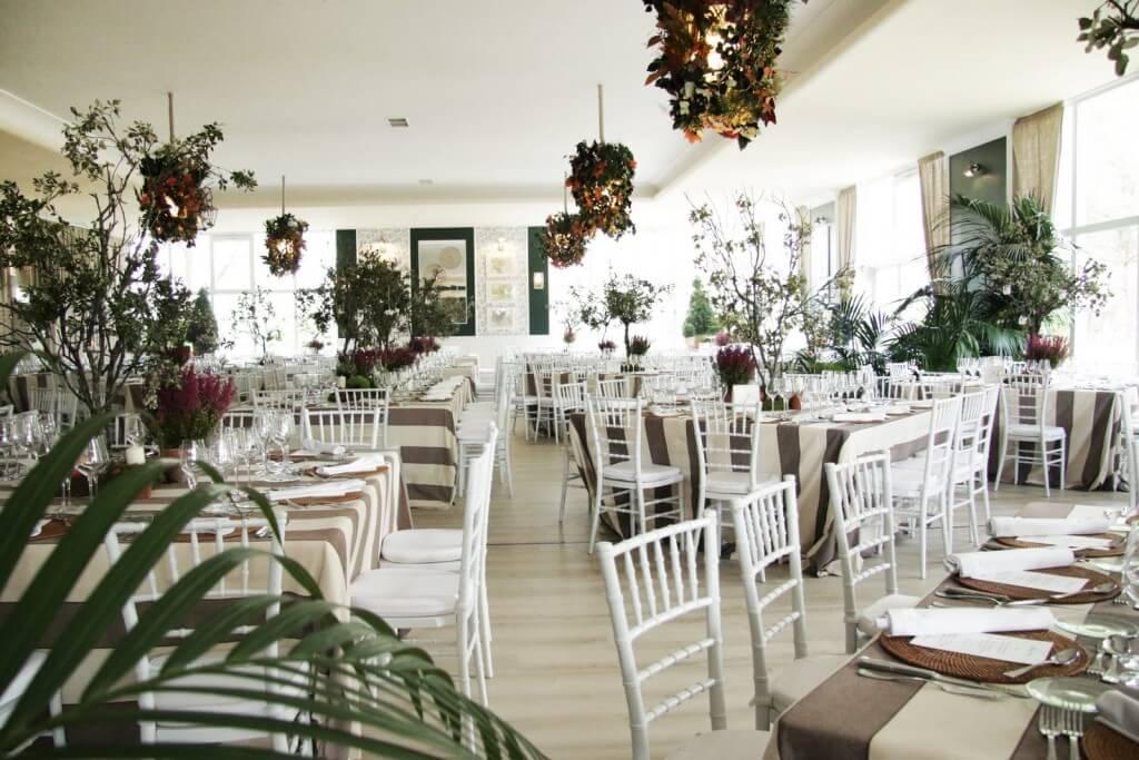 comedor finca bodas originales en Madrid